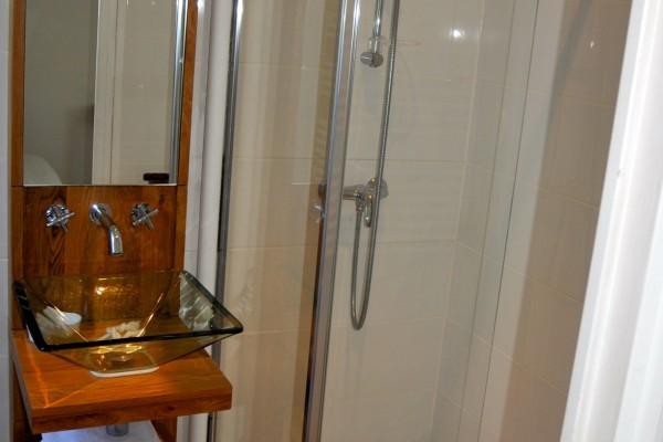 chambre hôtes honfleur double salle bain jardin bois pierres