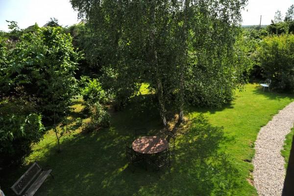 chambre hôtes honfleur vue jardin bois pierres